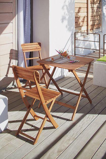 Une Table Et Deux Chaises Pliantes Pour Balcon Petit Prix