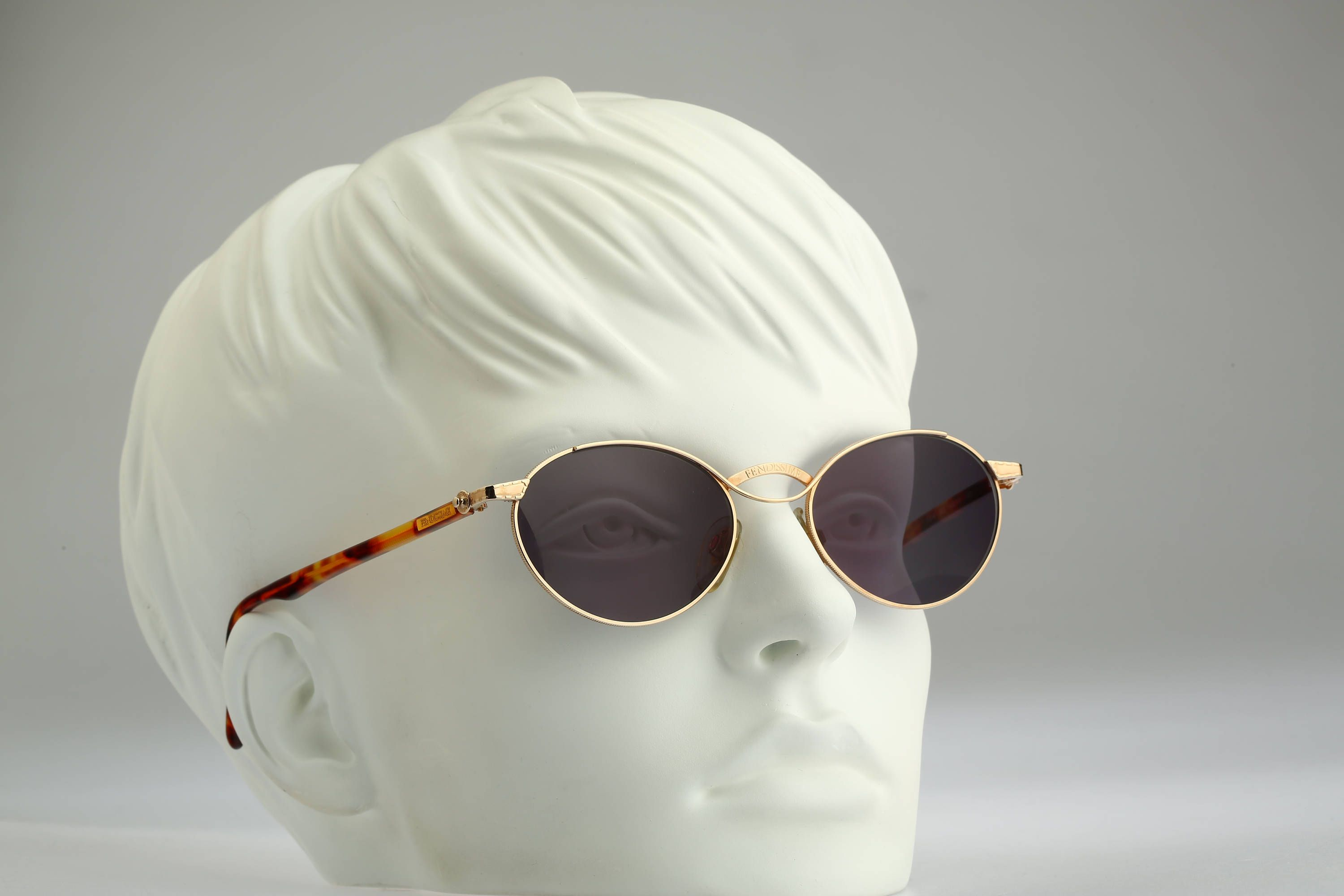 904136fbb4e Fendissime F014 906   Vintage sunglasses   NOS   90s rare and unique by  CarettaVintage on
