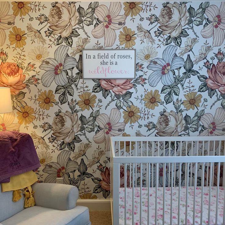 Mila Wallpaper in 2020 Vintage floral wallpapers