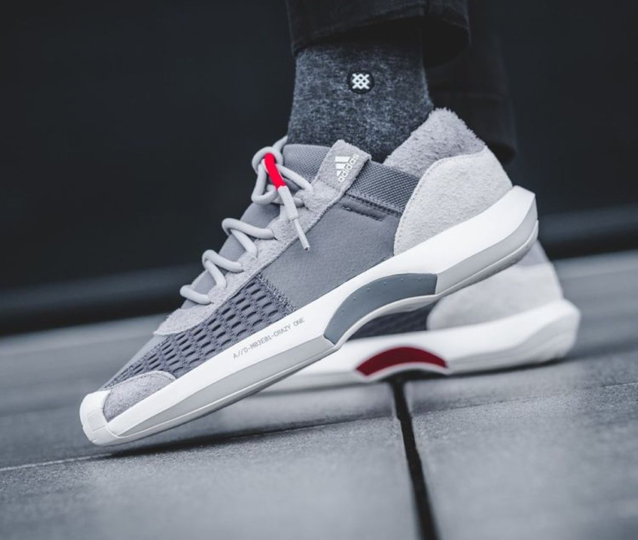 reputable site 8a484 43bc4 Adidas crazy 1 adv low
