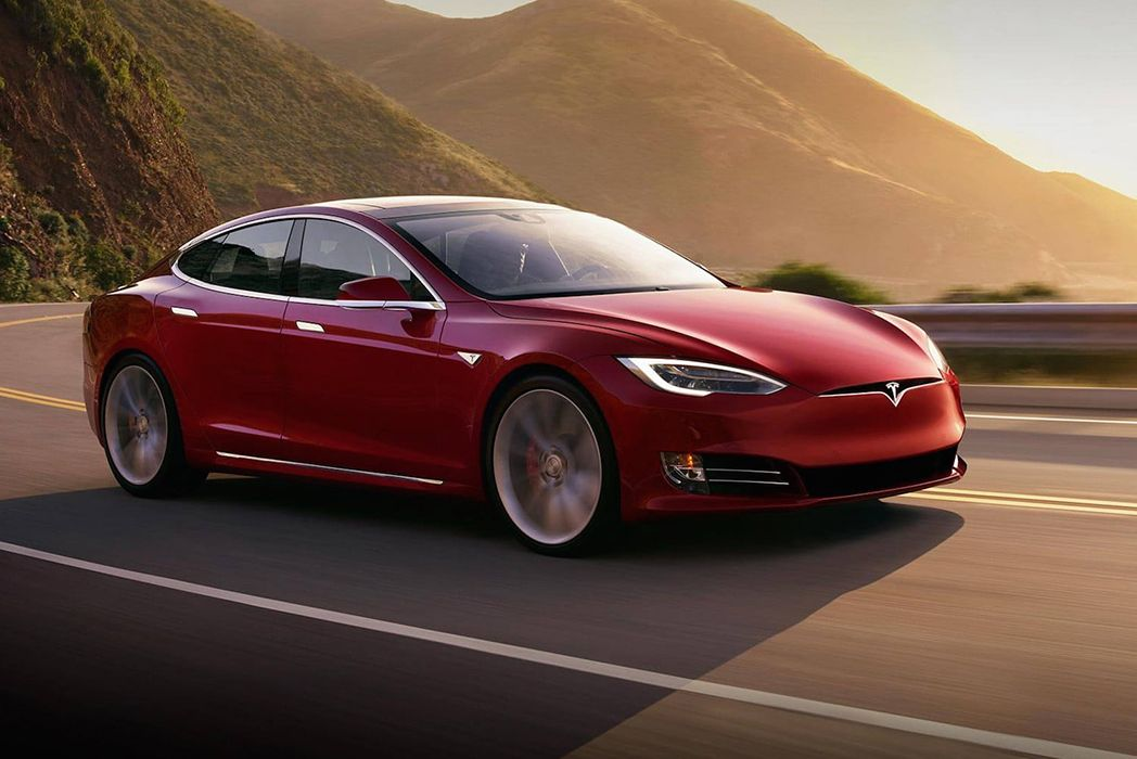 Tesla تكشف النقاب عن سيارة Plaid Model S بقدرة على الإنطلاق من 0 إلى 60 في أقل من ثانيتين Tesla تكشف النقاب عن سيارة Plaid Tesla Model S Tesla Model Tesla Car