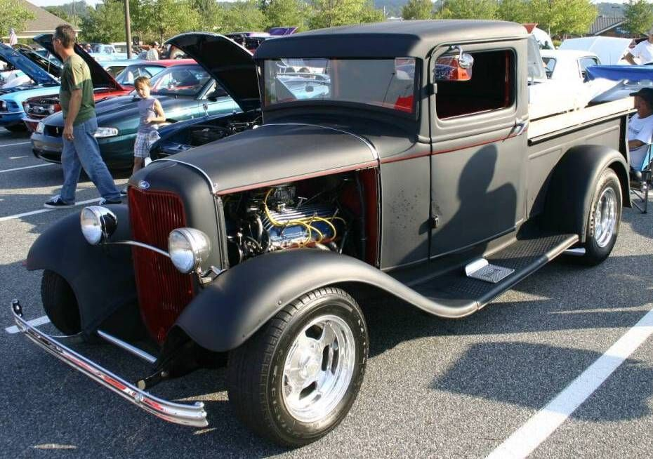 Custom 1932 Ford Pickup Street Truck | This is "|930|654|?|en|2|c2c5f26179edab5ef336cde76da22527|False|UNLIKELY|0.3022509217262268