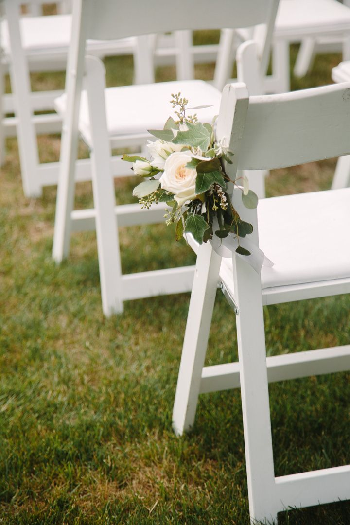 Wedding chair decorated with roses | fabmood.com #weddingchairs
