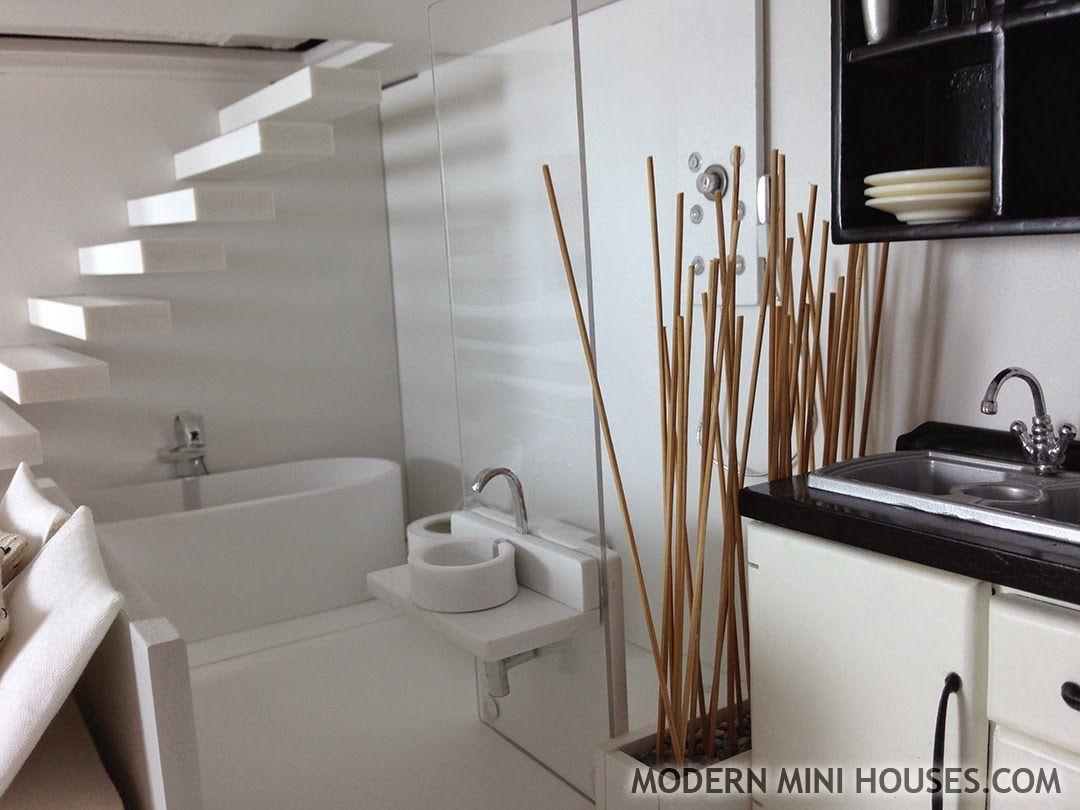 Modern Mini Houses: MiPad in Black & White