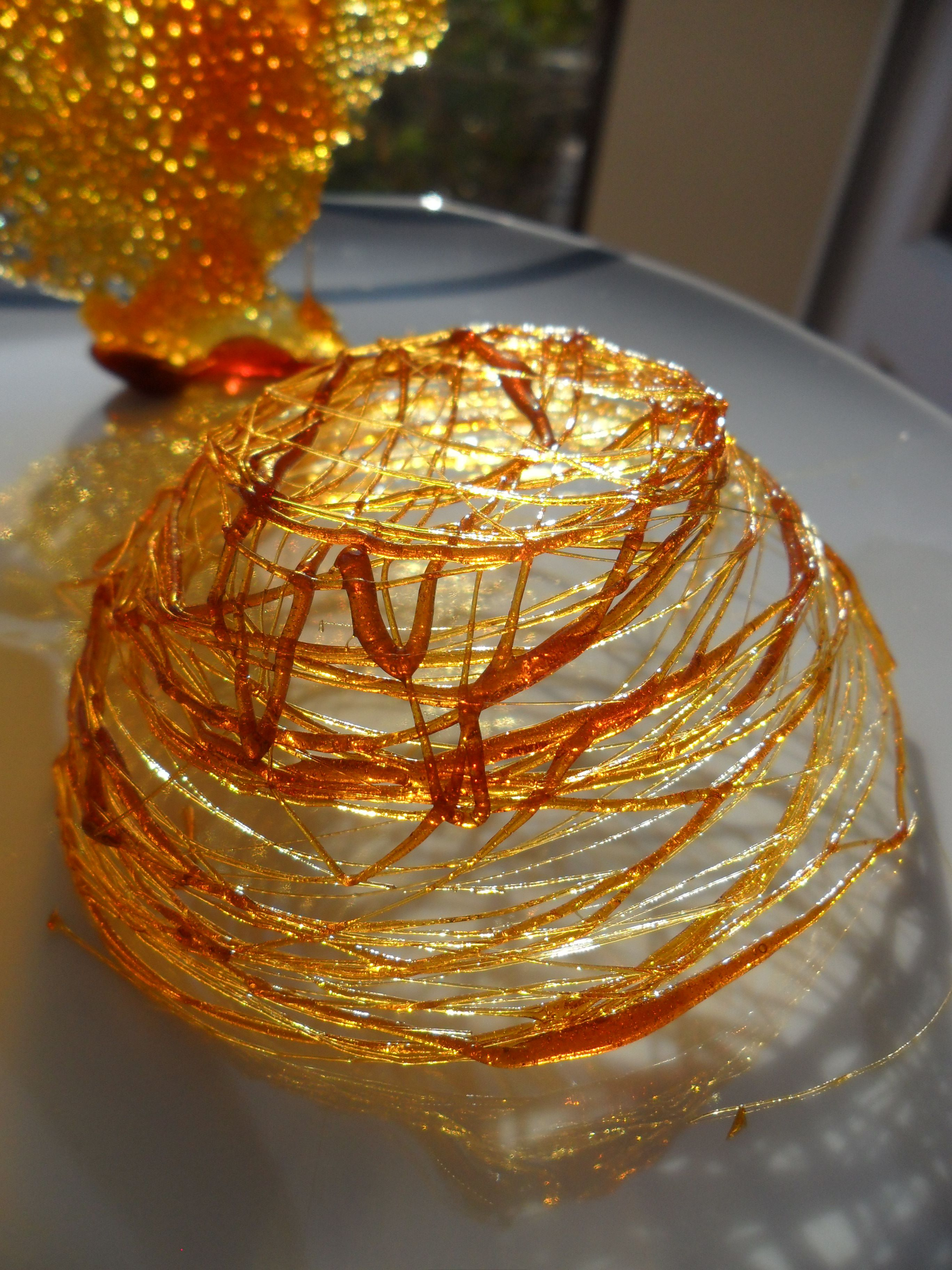 Les caramels et sucre fil il suffit juste de mettre du - Que mettre dans un gateau de couche ...