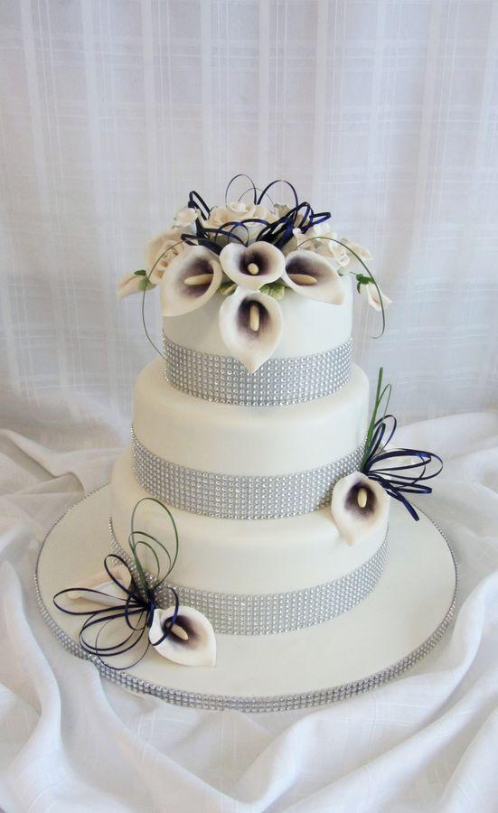 Purple Calla Lily Wedding Cake Round