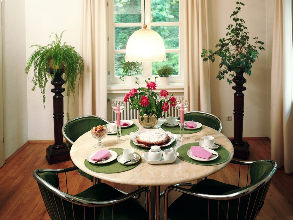 Feng Shui Your Dining Table Dining Room Small Round Dining Table Decor Small Dining Room Decor