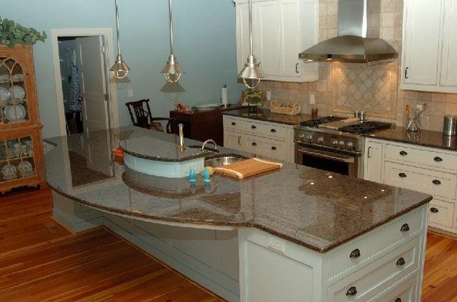 Labrador Antique Granite Countertops. Ignore The Ugly Island. Perimeter Is  Similar In Cabinet And Backsplash Colors.