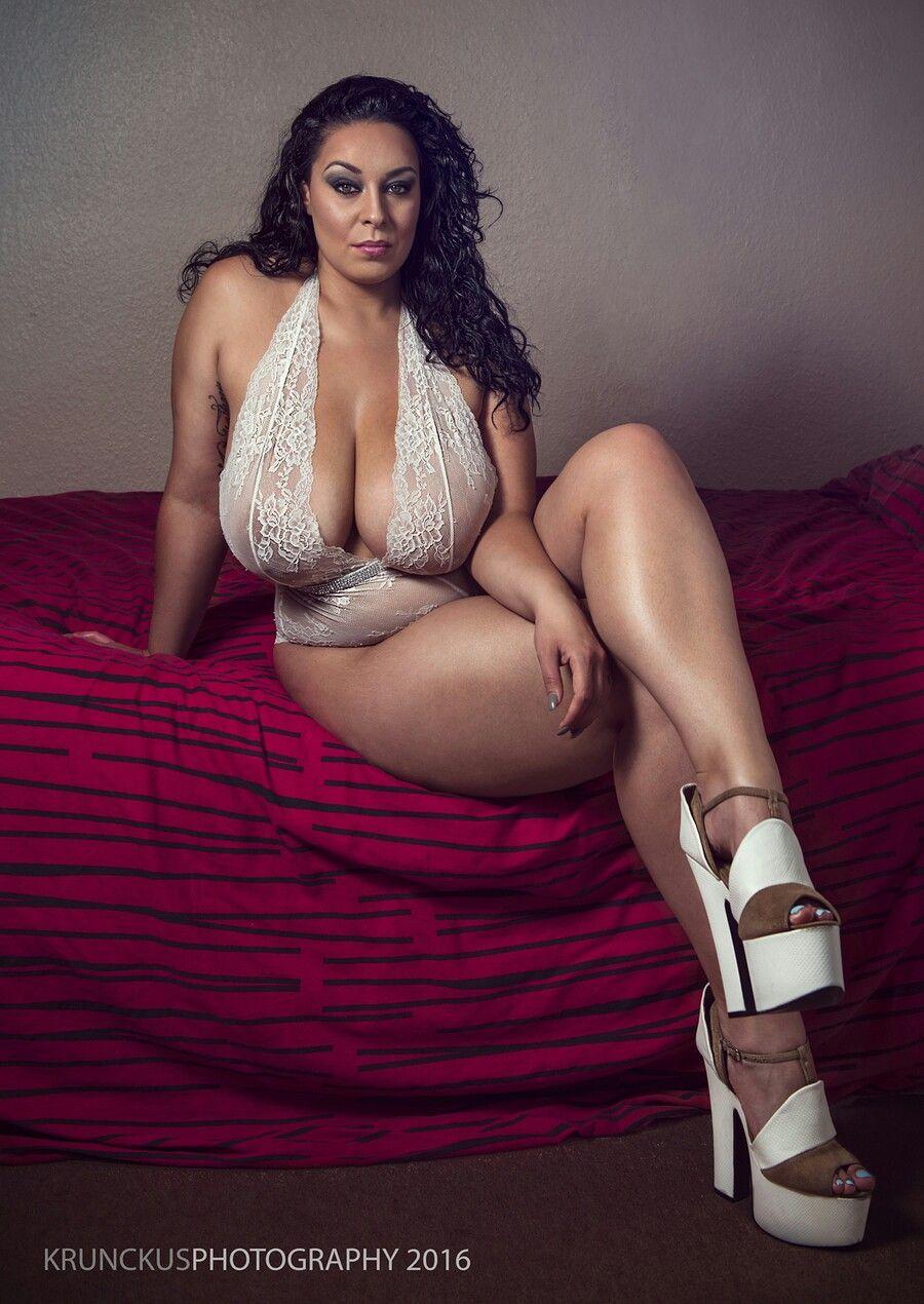 Anastasia Lux Nude Photos 3