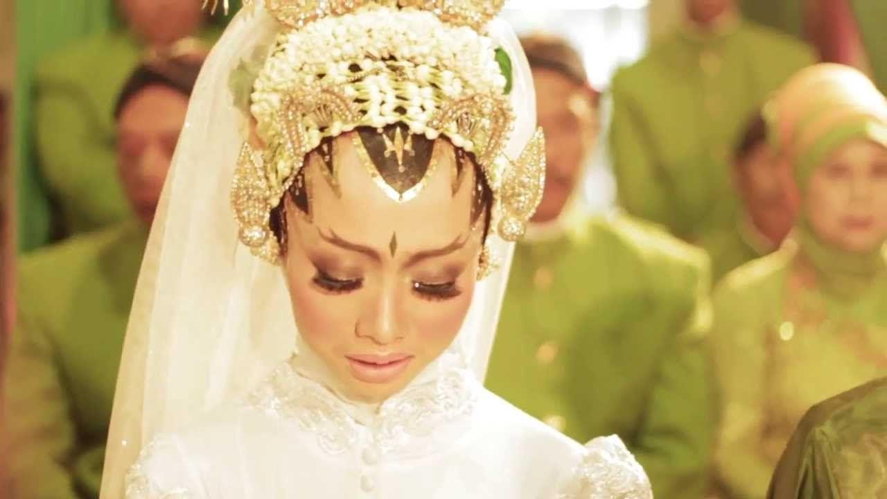Yogyakarta Wedding Videography Ninda Vebri Muslim Wedding Video Indonesia By Http Poetrafoto Com Wedding Videographer Wedding Videos Wedding Videography