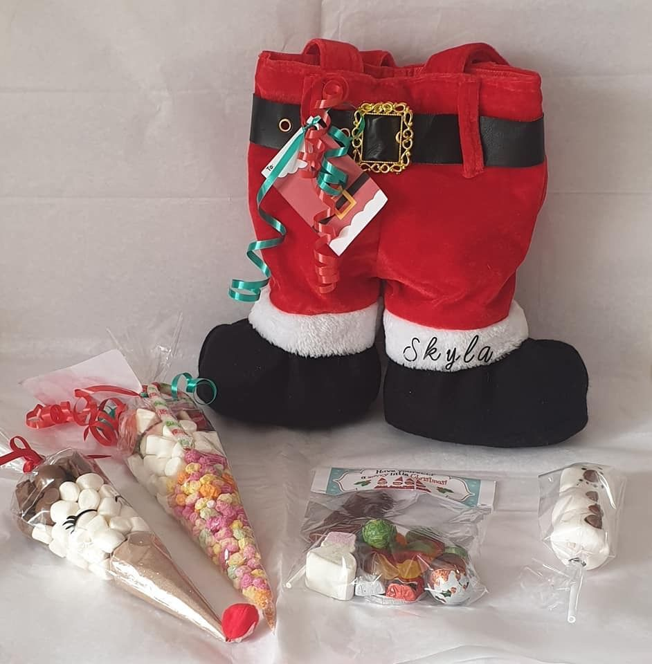 Santa Goodie bag  #marshmallowsticks Santa Goody Bag 1 sweet cone 1 hot chocolate 1 Sweet Bag and 1 Marshmallow stick. Orders yours on link below #marshmallowsticks
