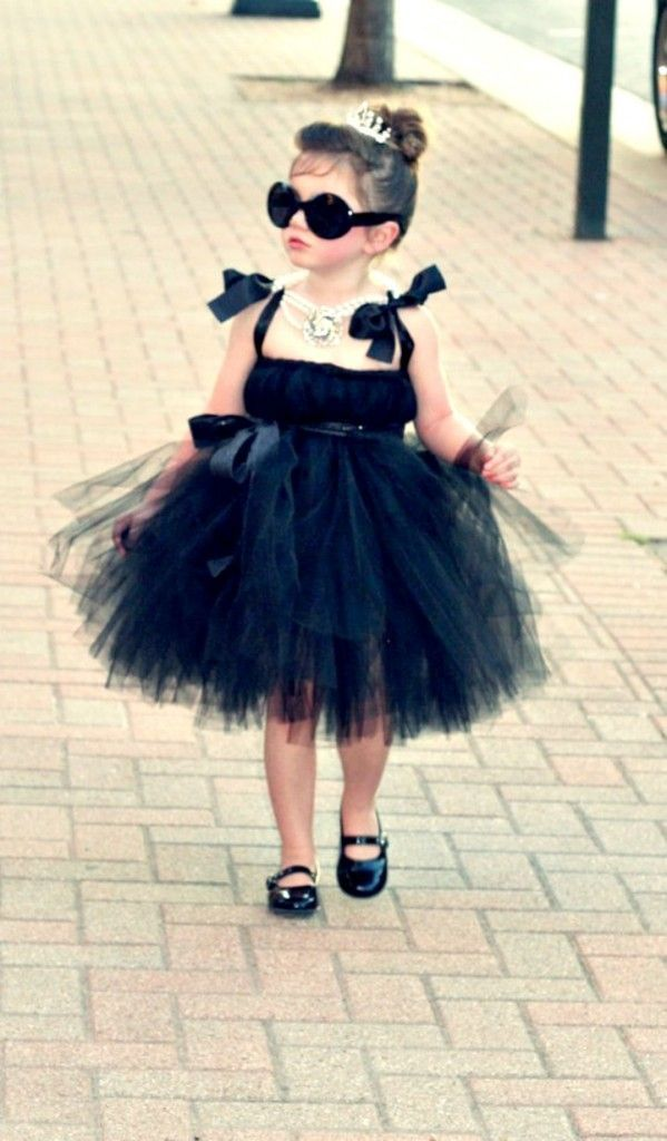 Breakfast at tiffanys and other super cute diy halloween costumes easy food also best images costume ideas  party girl rh pinterest