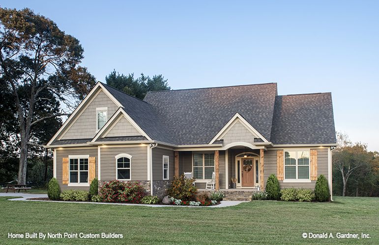 Before We Welcome The New Year We Wanted To Take A Look Back At The Most Pop Country Style House Plans Craftsman Style House Plans Farmhouse Style House Plans