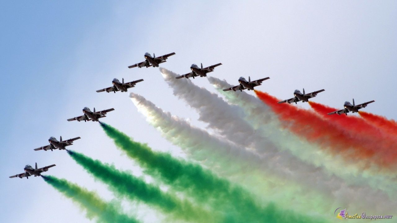 Indian flag colors displayed during an Air Force Show Of