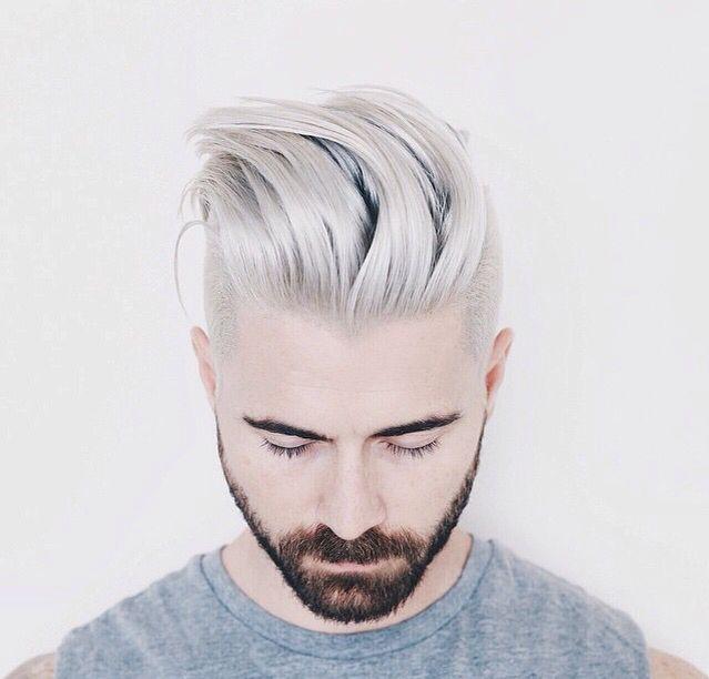 Grigio platino capelli uomo
