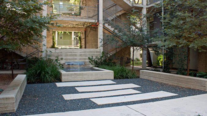 1221 Broadway Lofts In San Antonio By Kudela Weinheimer Water Features San Antonio Concrete Structure