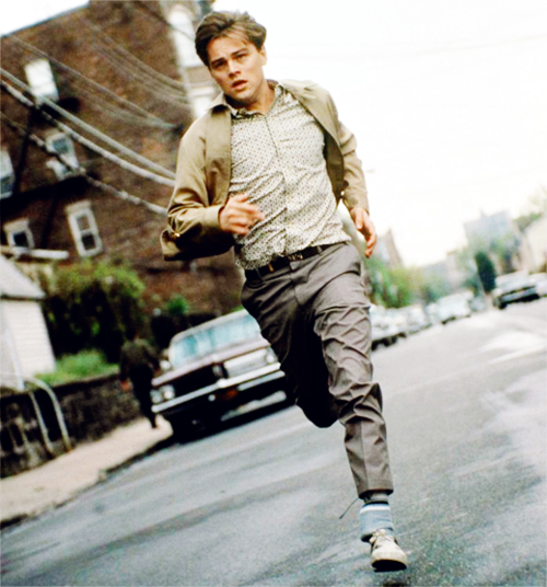 Leonardo DiCaprio running in catch me if you can