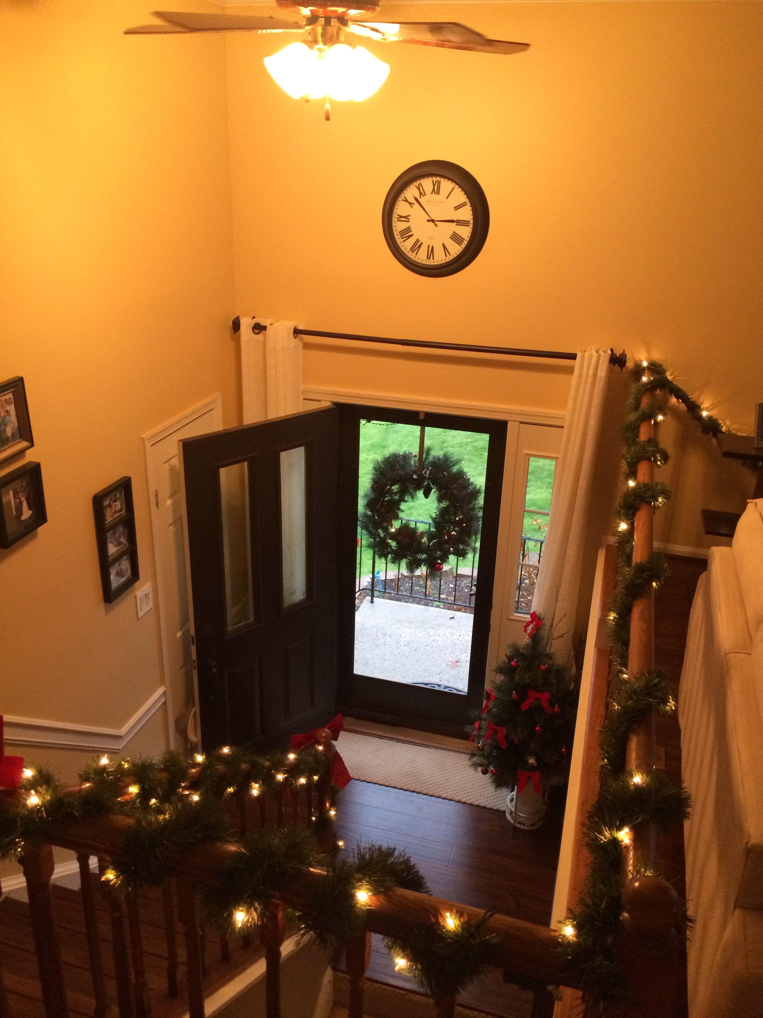 A Split Level Gets A Praire Style Facelift In Mclean Va: Indoor Split Level Christmas Decorations