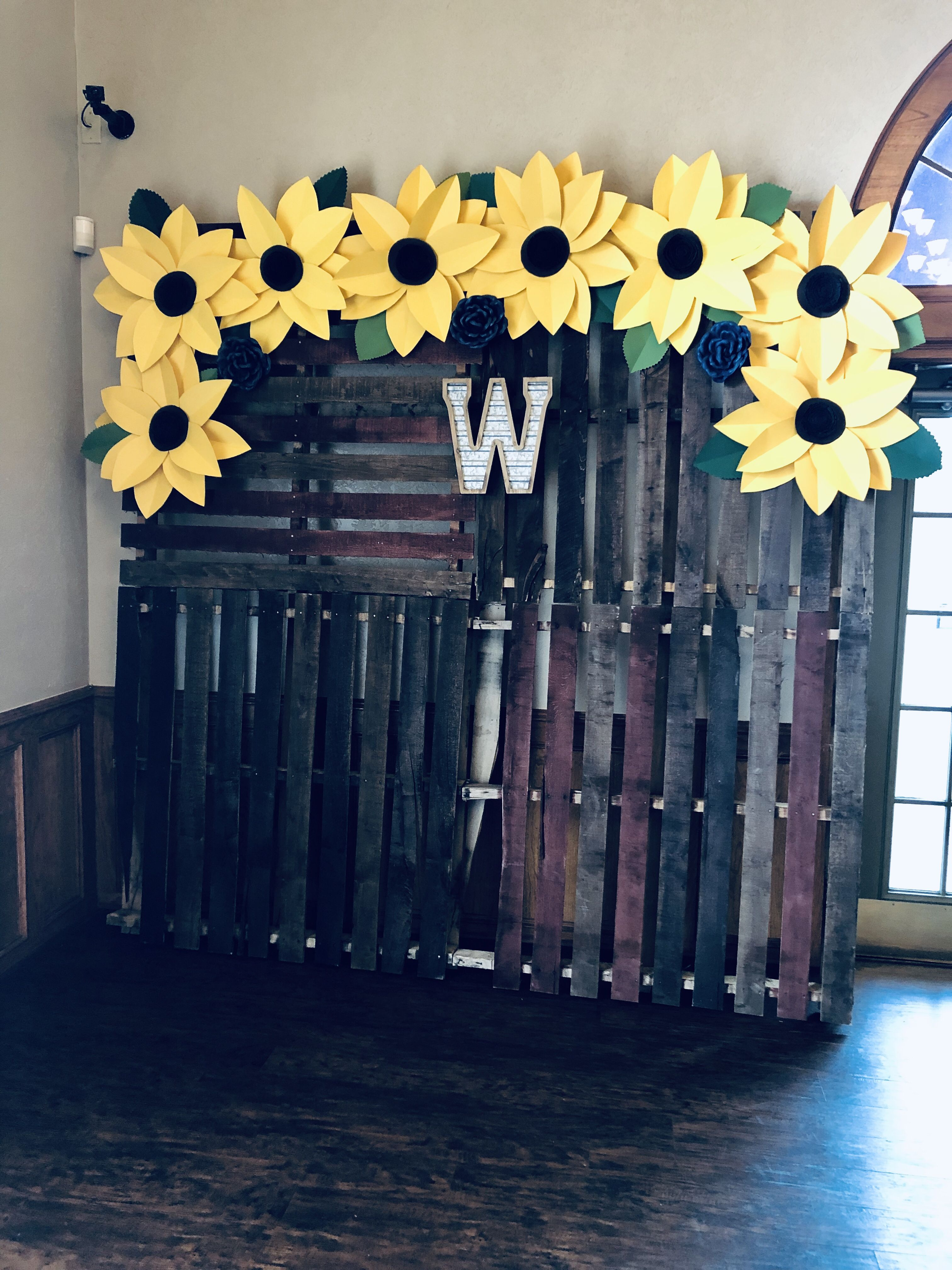 Stained wooden pallets, card stock sunflowers and tin/wood ...