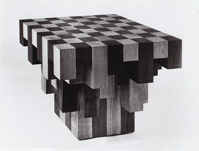 32 Pieces chess set with wooden Coffee table and skin box