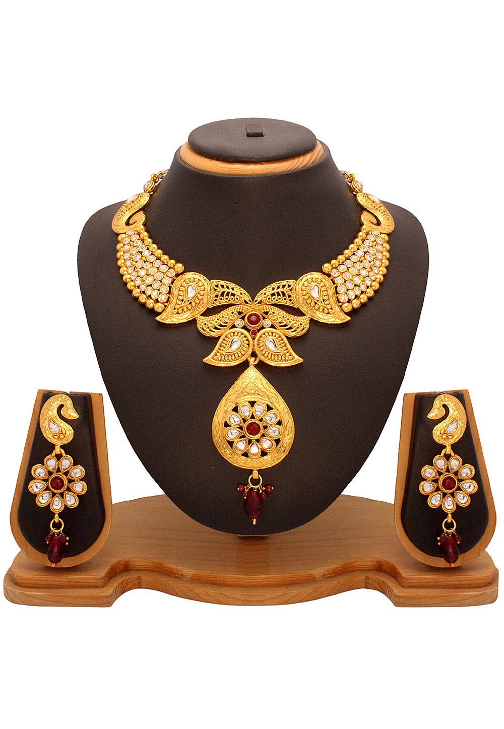 Maroon and white kundan studded necklace set indian