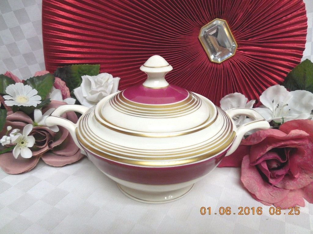Maroon and cream wedding decor  E by Warwick Inner Maroon Band wih Gold Ring USA Covered Sugar