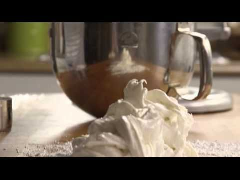 Watch how to make a versatile fondant to decorate any cake. Just melt marshmallows and mix with sugar, flavorings, and colorings if desired.