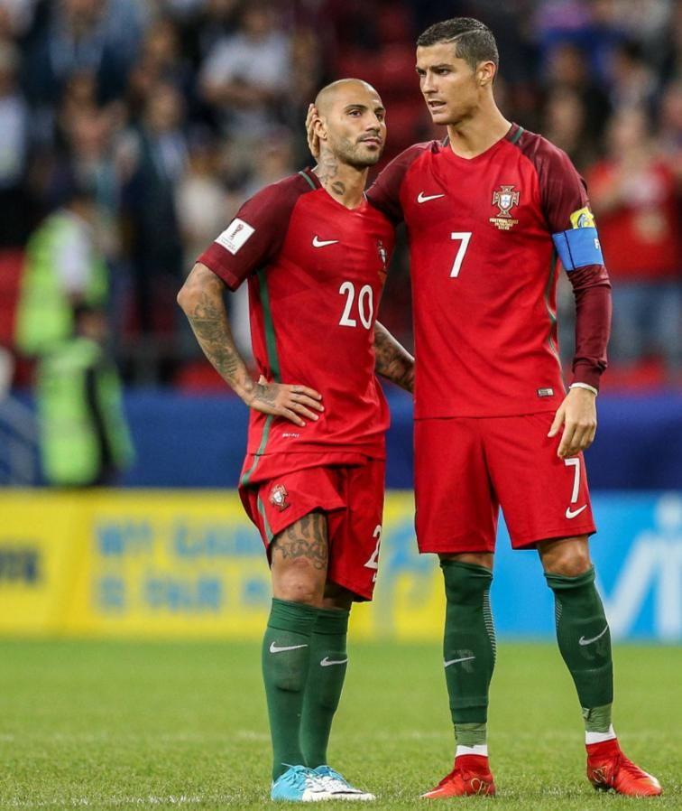 Cristiano Ronaldo Postet Foto Mit Seinen Zwillingen Bei Instagram Ronaldo Cristiano Ronaldo Ronaldo Cristiano