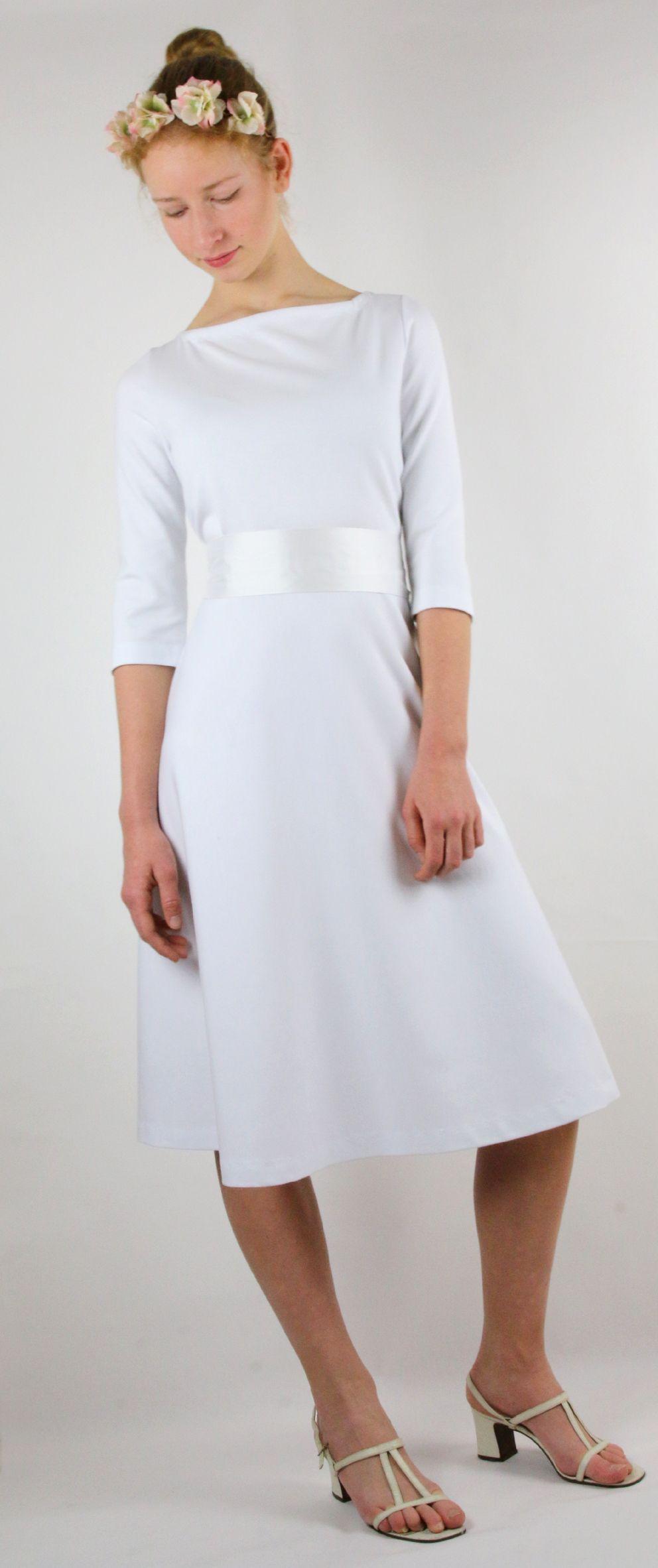 schlichtes Brautkleid #münchen #brautkleid #schlicht # ...