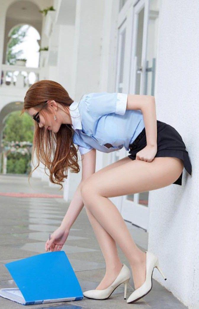 legs video Asian