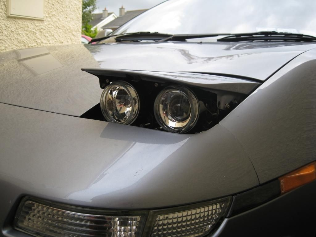 Lights Like These Makes Your Car Pop Up Headlights Look More Modern