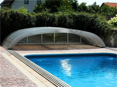 Retractable Pool Covers Are Regularly Used To Keep A Swimming Pool Clean  And Free Of Remains