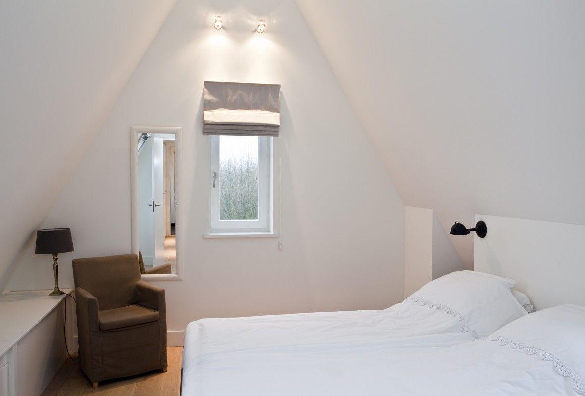 Slaapkamer op de zolderverdieping interieur woning inspiratie