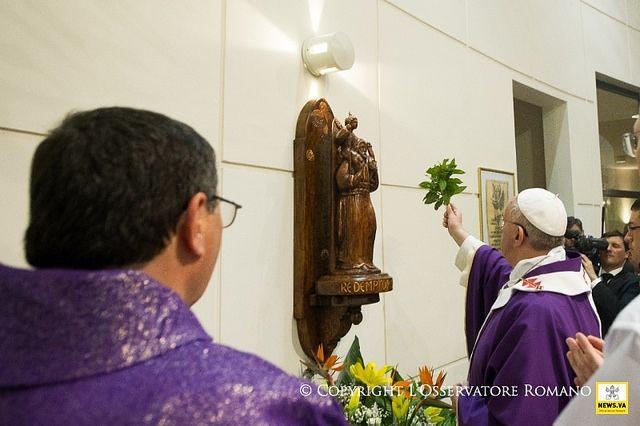 Pape François - Pope Francis - Papa Francesco - Papa Francisco - Visita Parrocchia Santa Maria dell'Orazione 16-03-2014