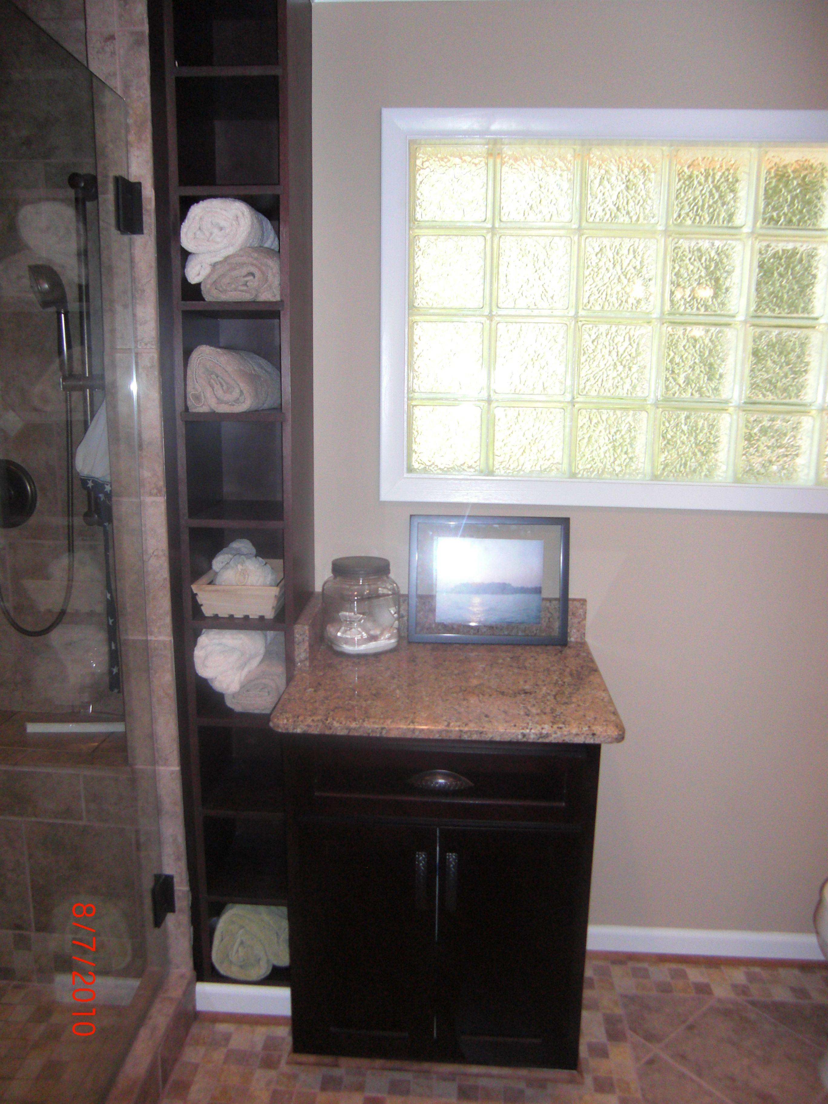 Master Bath Towel Cubby Glass Block Window Cedar Forks