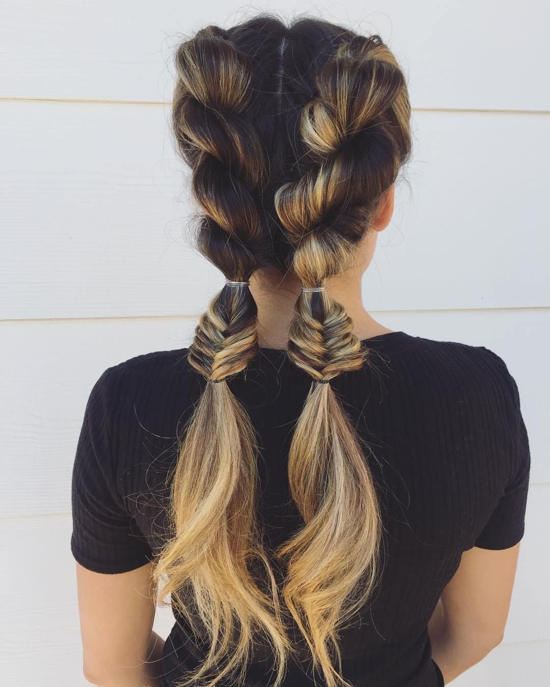 39 Trendy + Messy & Chic Braided Hairstyles | Twist Braids hairstyle #halfuphalfdown #braids #hairstyles