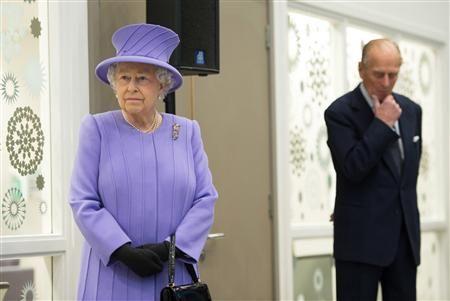 Elizabeth II annule une visite en Italie pour raison de santé - http://www.andlil.com/elizabeth-ii-annule-une-visite-en-italie-pour-raison-de-sante-2-97255.html