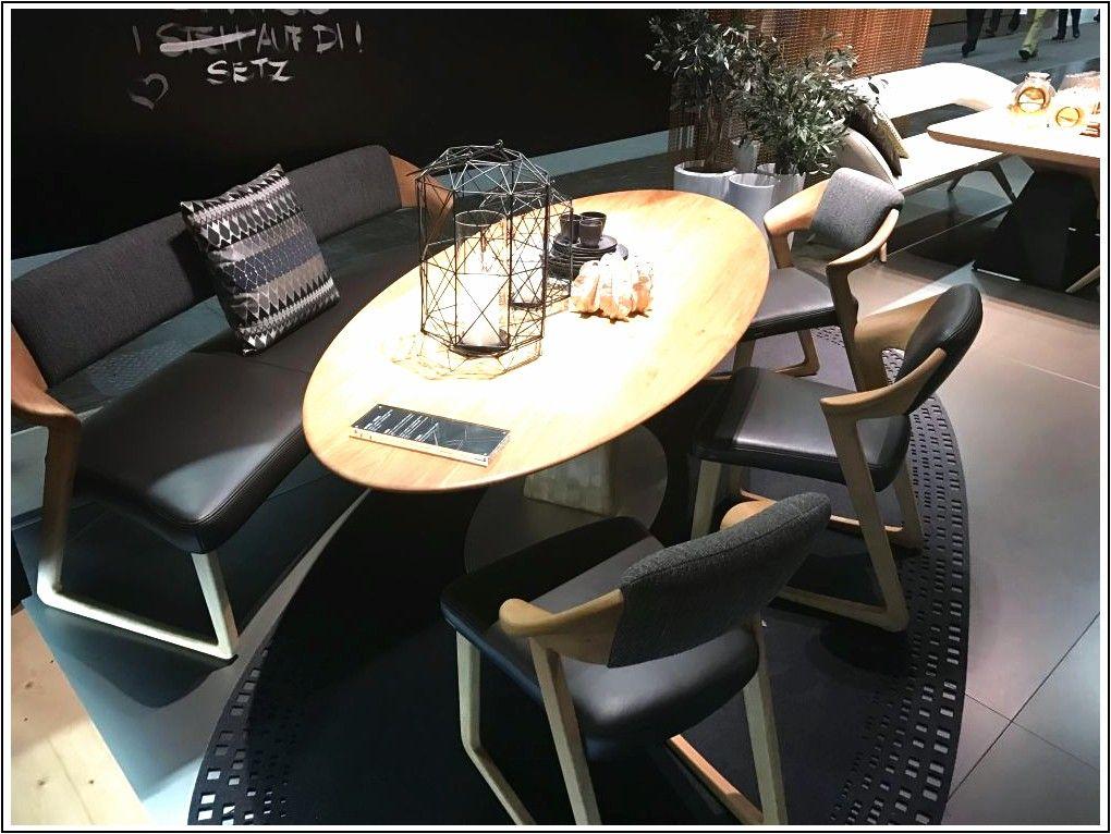 Piccoli tavoli da pranzo adatti per spazi stretti e case ...