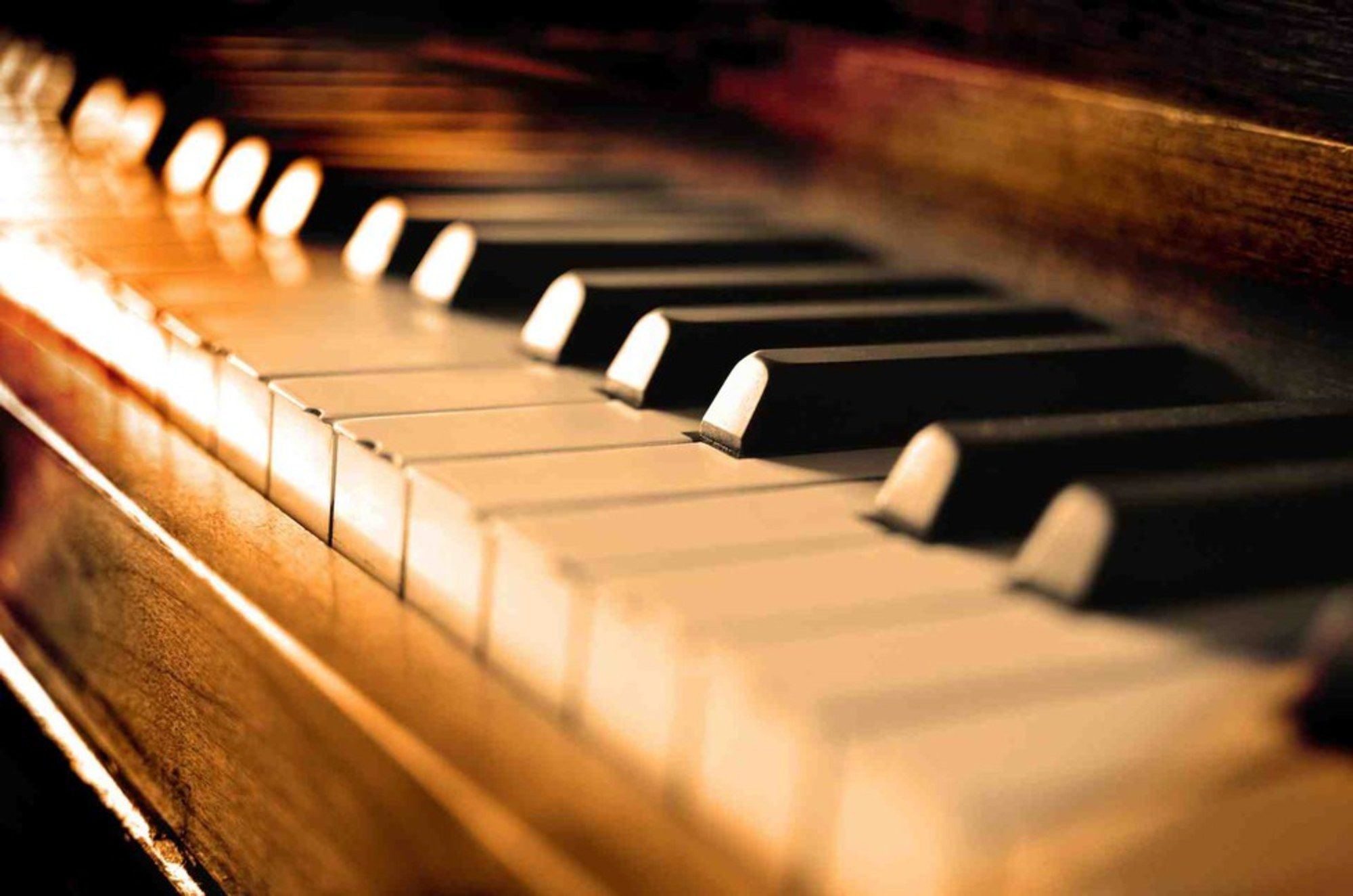 how much does it cost to move a piano overseas