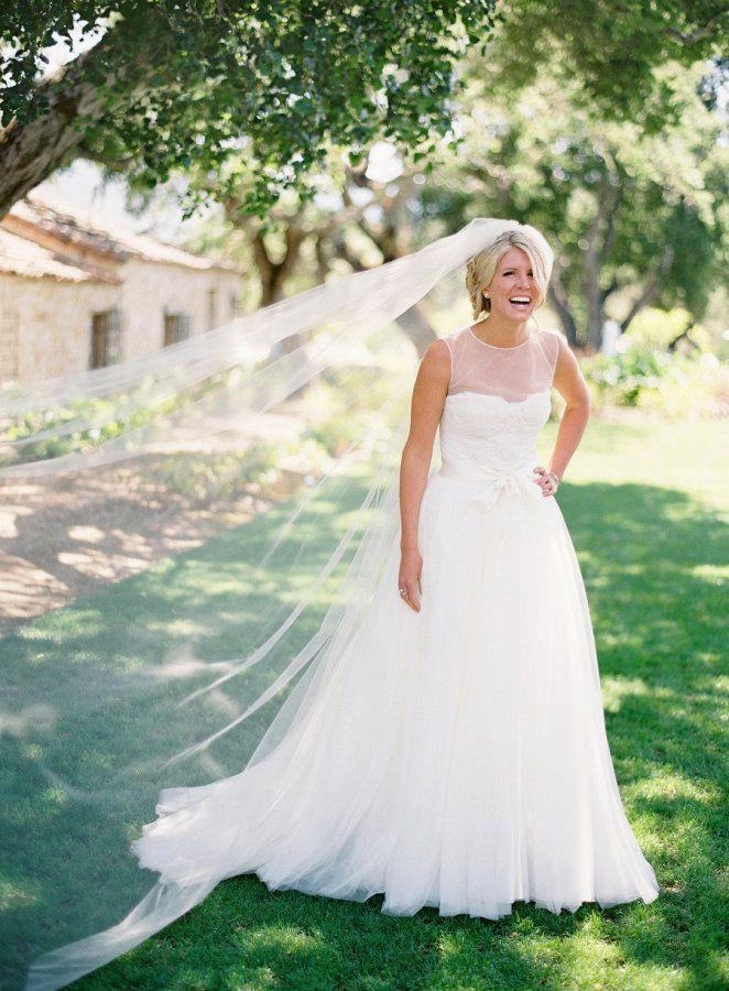 A-Line / Princess Wedding Dress - Wedding dress styles guide | fabmood.com