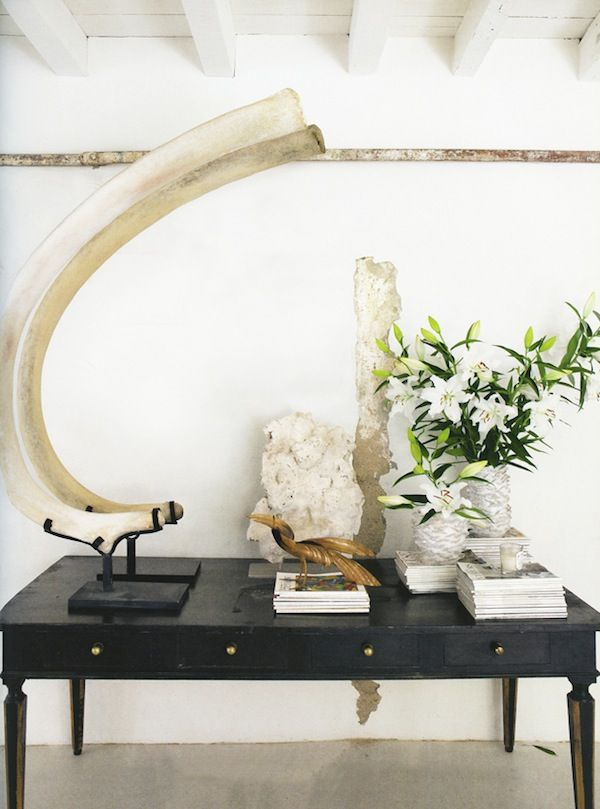 Oversized Home Decor Large Sculptures Wsh Loves The Different Interesting Objects For A Balanced