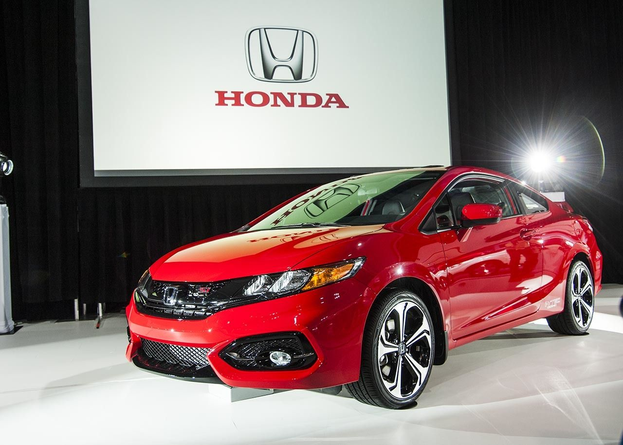 2015 Honda Civic Si Coupe Red Best New And Used Cars Reviews Prices And Specs Honda Civic Si Honda Civic Si Coupe 2015 Honda Civic