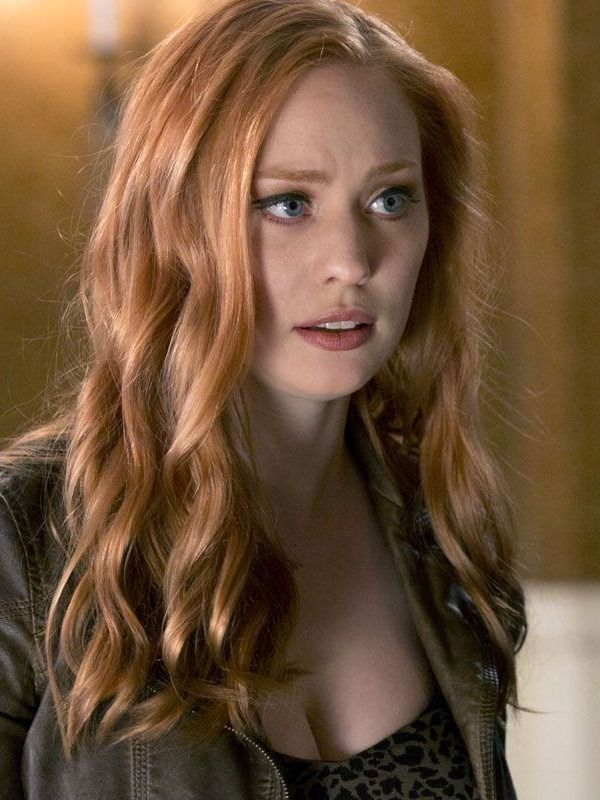 26 Sexiest Redhead Actresses In Hollywood Man S Black Book Red Haired Actress Red Hair Hair Haired Redhai Deborah Ann Woll Red Haired Actresses Red Hair