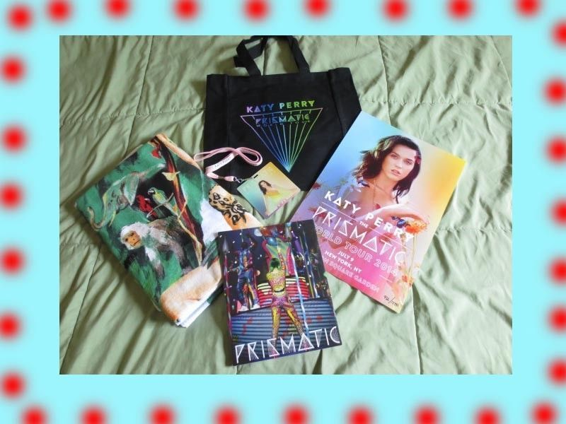 Katy perry rare prismatic tour vip package book towel tote bag katy perry rare prismatic tour vip package book towel tote bag lanyard pass m4hsunfo