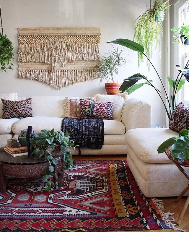 Here Are 18 Most Interesting Wall Decor Ideas We Suggest For Your Favorite Living Room Living Boho Living Room Decorate Your Room