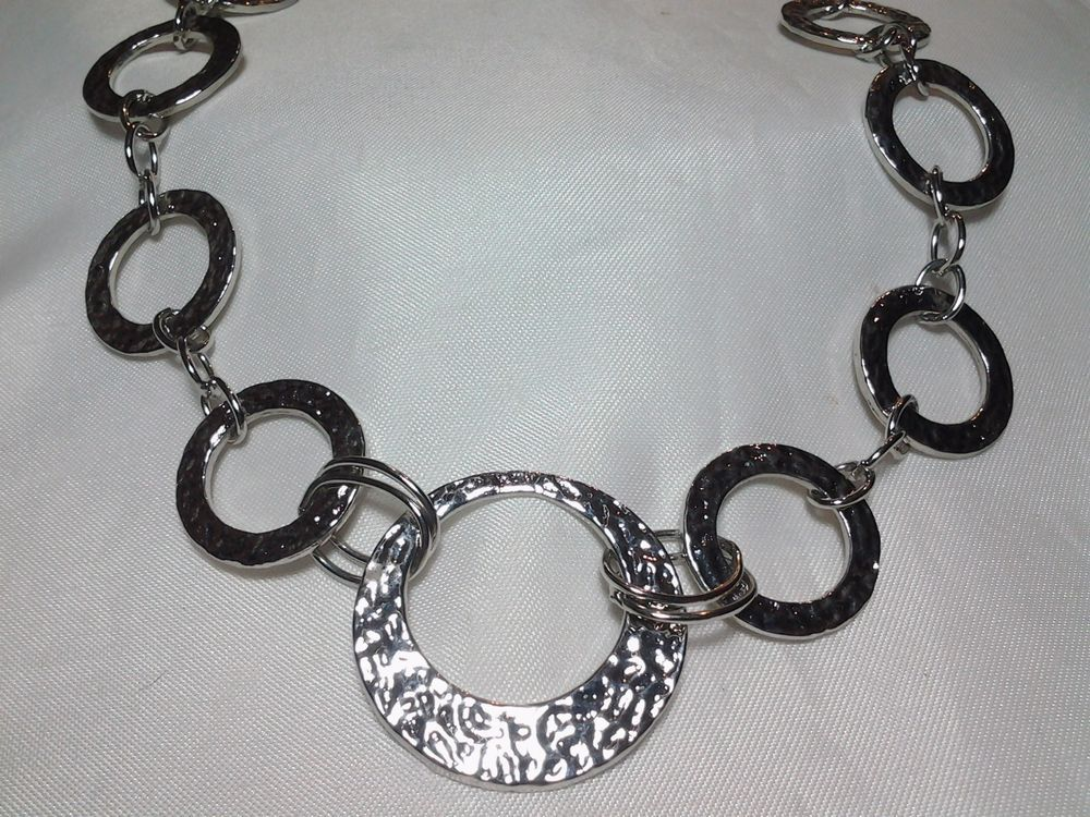Vintage estate lia sophia silver open circle hammered chain link vintage estate lia sophia silver open circle hammered chain link necklace liasophia chain mozeypictures Choice Image