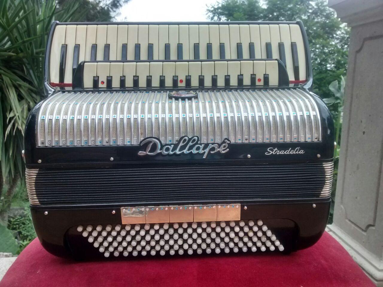 Dallape Stradella Italy 1960s Accordion Musical