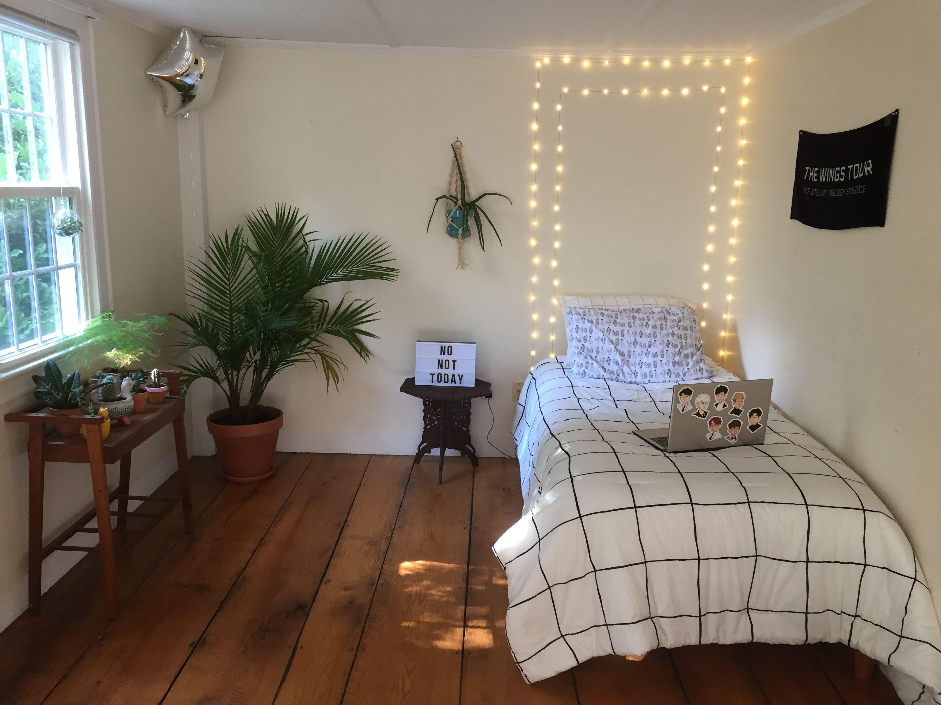 Lowkey BTS themed room lol aesthetic bangtan Room Home ...