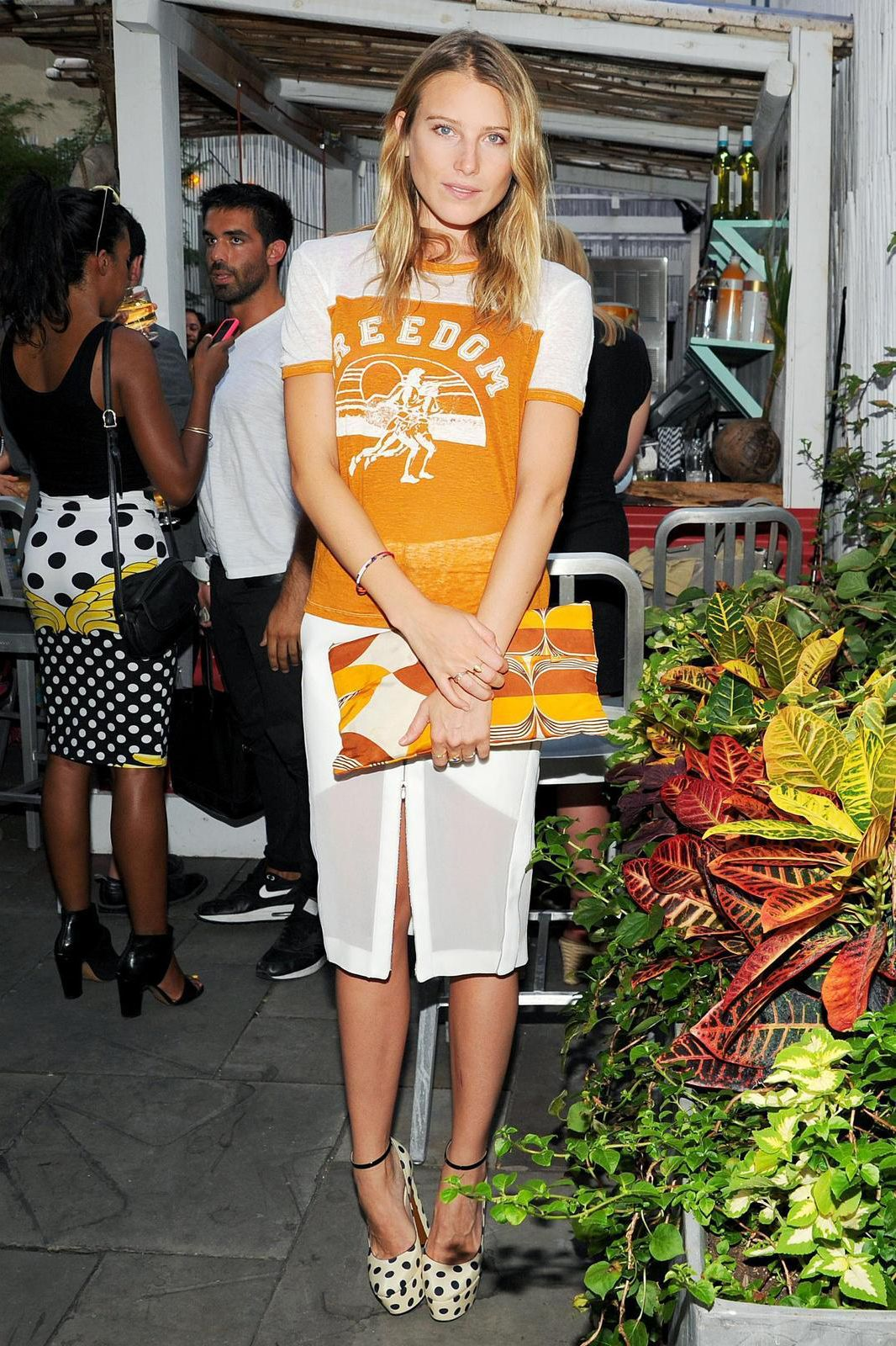 Vintage-Tee Magician Key Elements: A vintage tee, an eclectic skirt, quirky shoes  Style Icon: Jen Brill, Mary-Kate Olsen  Go-To Fashion Brand: Givenchy, Forever 21  Who's Repping It Here: Dree Hemingway