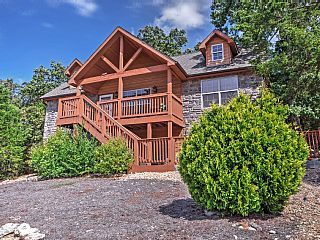 New 2br Branson Cabin W Porch Amp Community Pools Vacation Rental In Missouri From Homeaway Vacation Ren Pools Vacation Cabin Rentals Branson Cabins